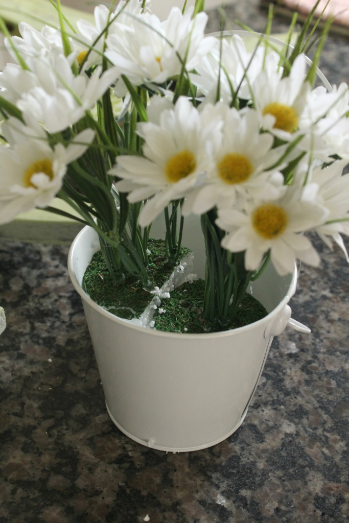 Bucket of Daisies for Trash to Treasure project