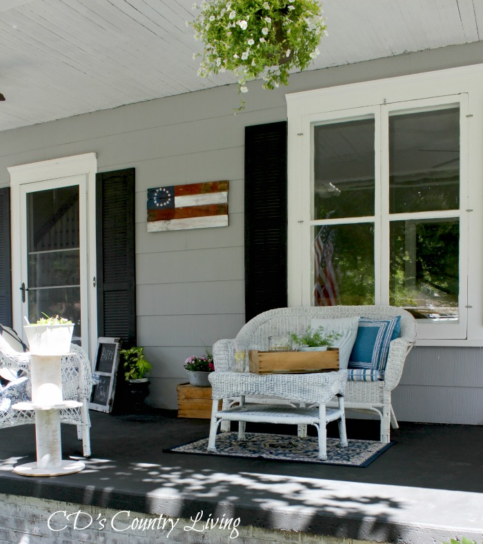 Front Porch Loveseat
