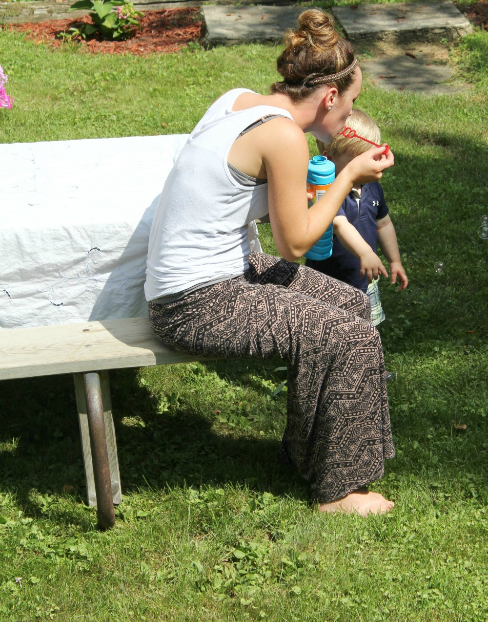 Mandy and Max blowing bubbles