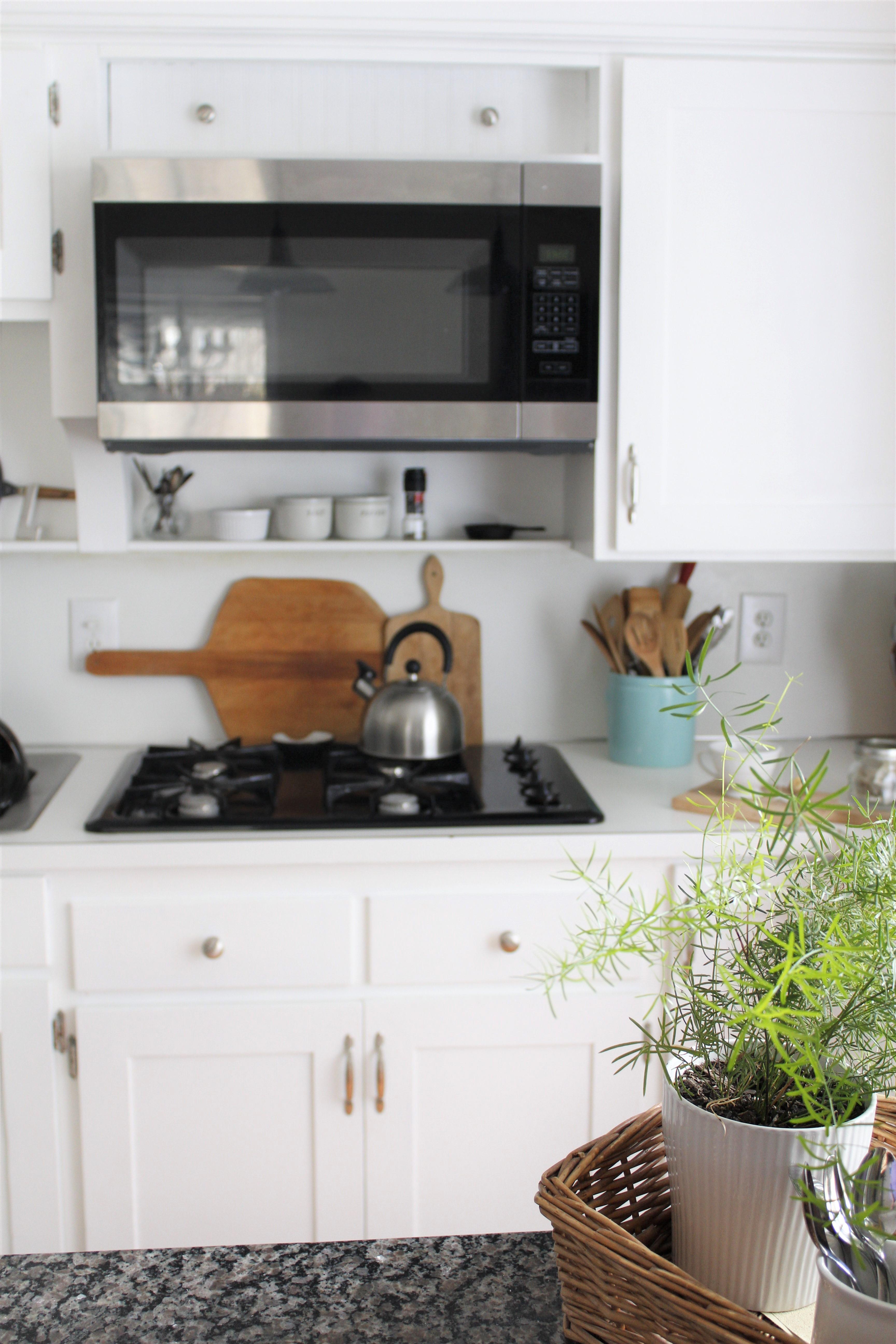 diy guide to refacing kitchen cabinets. Black Bedroom Furniture Sets. Home Design Ideas
